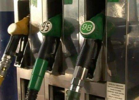 Faire des Economies de Carburant a la Pompe